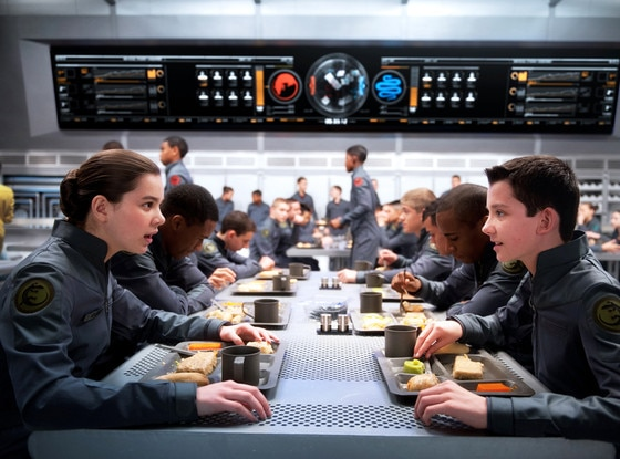 Ender's Game, Hailee Steinfeld, Asa Butterfield