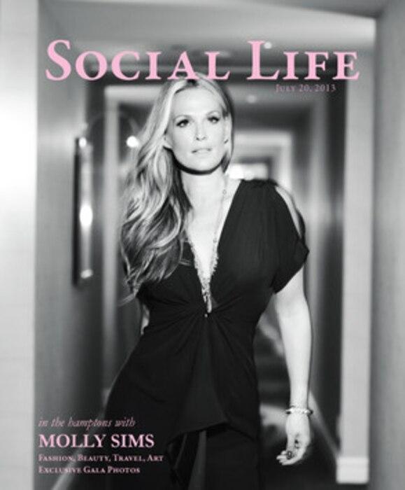 Molly Sims, Social Life