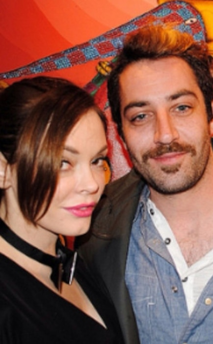 Rose McGowan, Davey Detail