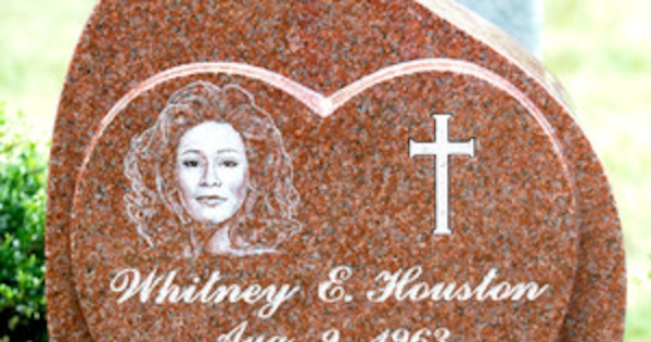 Whitney Houston S Headstone Unveiled Late Singer S Grave