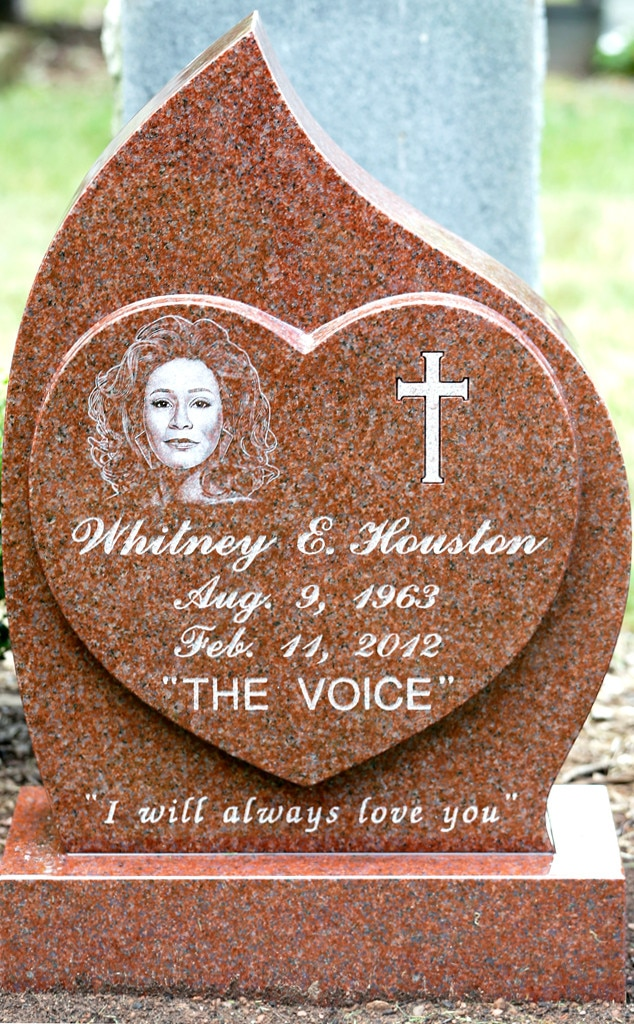 Whitney Houston, Headstone, Grave