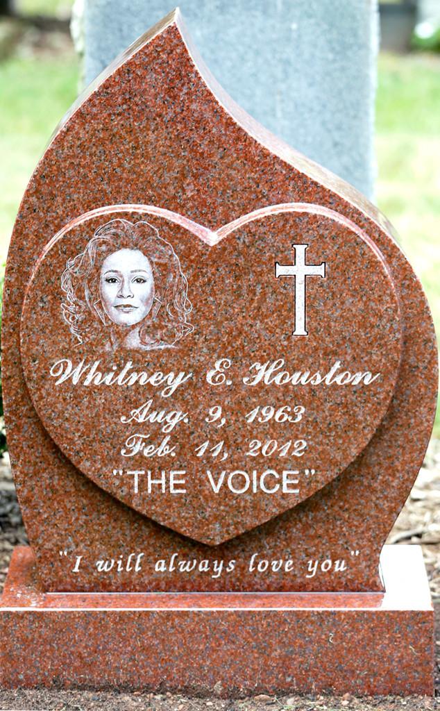 Whitney Houston, Headstone, Grave