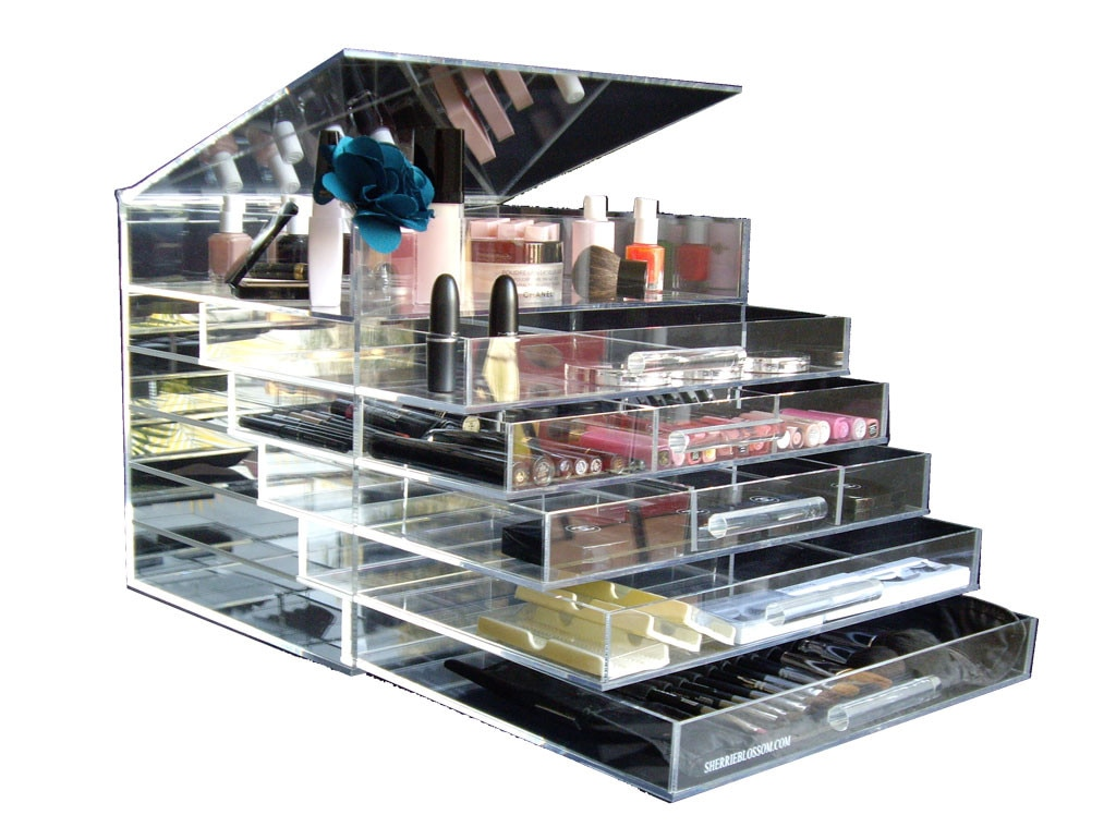 Editor Obsessions, Icebox Makeup Organizer