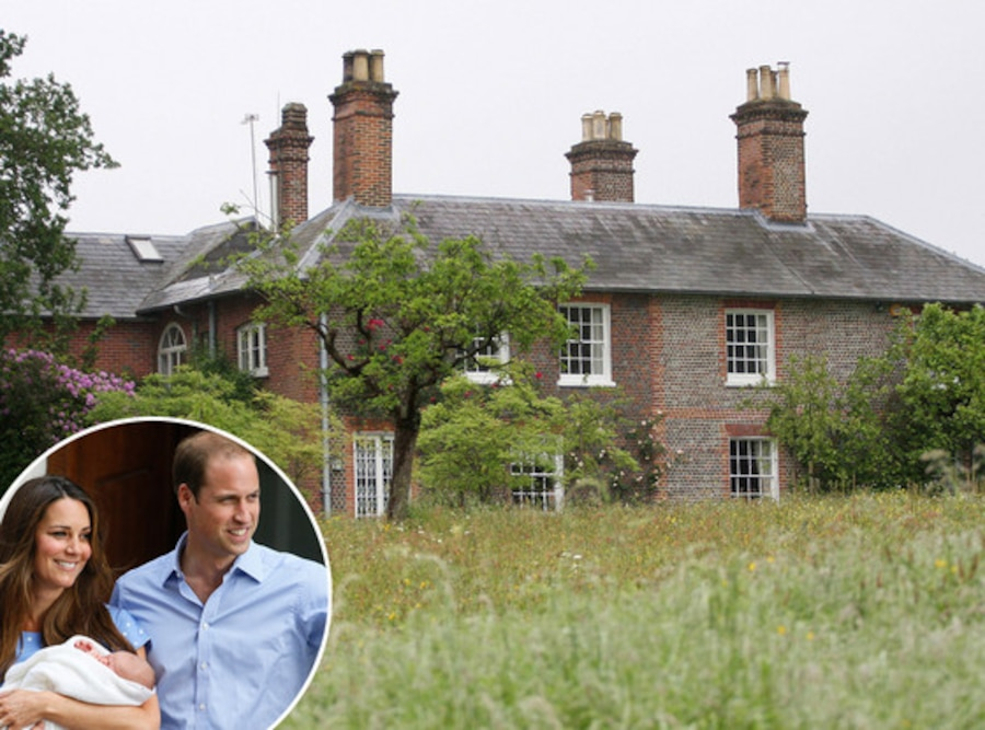 Bucklebury Manor, Front View, Prince William, Kate Middleton, Duchess Catherine, Prince George