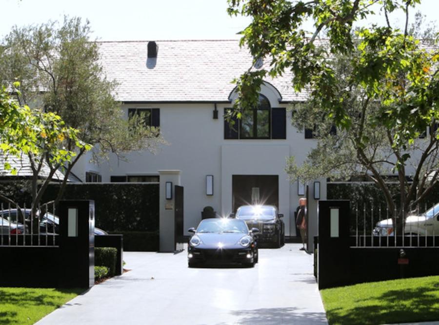 Mezhgan Hussainy, Simon Cowell House