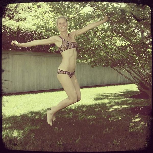 Gwyneth Paltrow, Bikini, Stella McCartney, Instagram