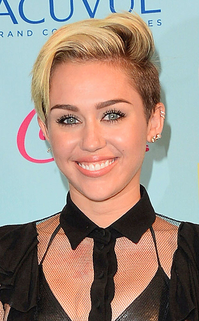 Hairstylist Chris McMillan Talks Helping Miley Cyrus Grow ...