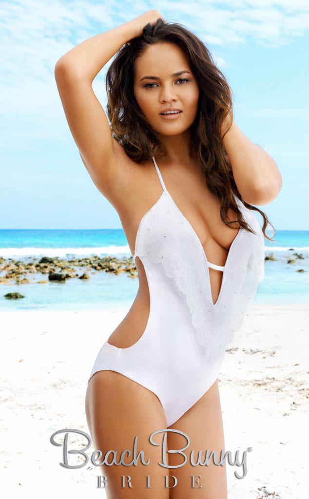 Beach Bunny Bride, Chrissy Teigen