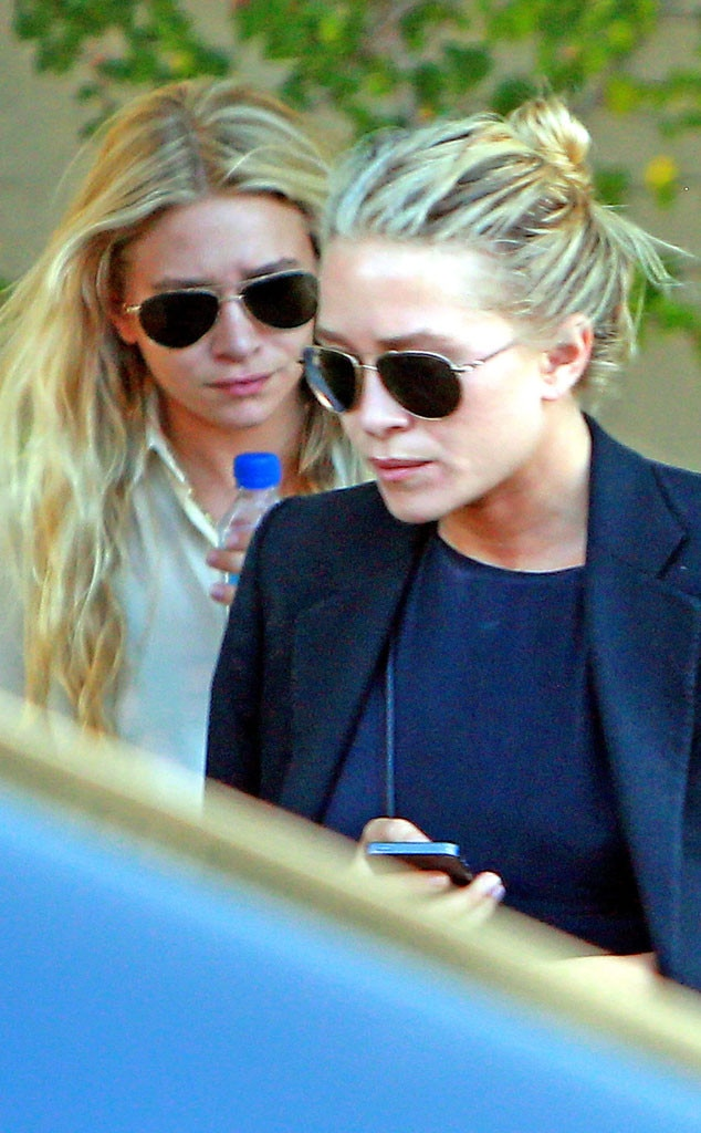 Mary-Kate, Ashley Olsen