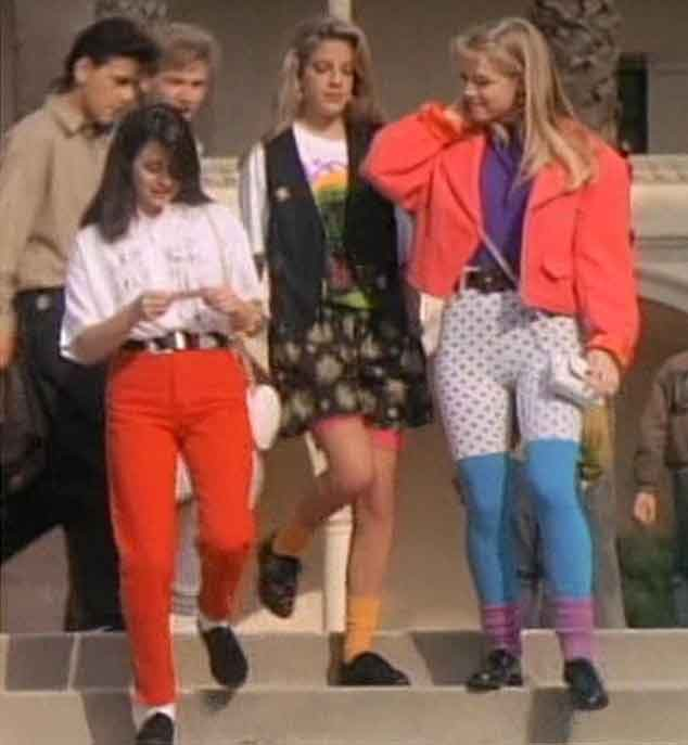 Beverly hills 90210 premiered 25 years ago today relive for 90er outfit damen