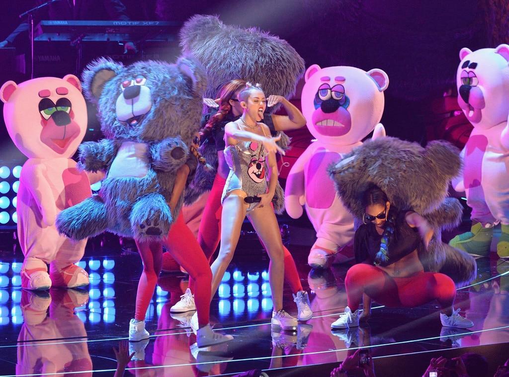 Miley Cyrus, MTV Video Music Awards