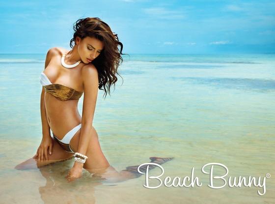 Irina Shayk, Beach Bunny