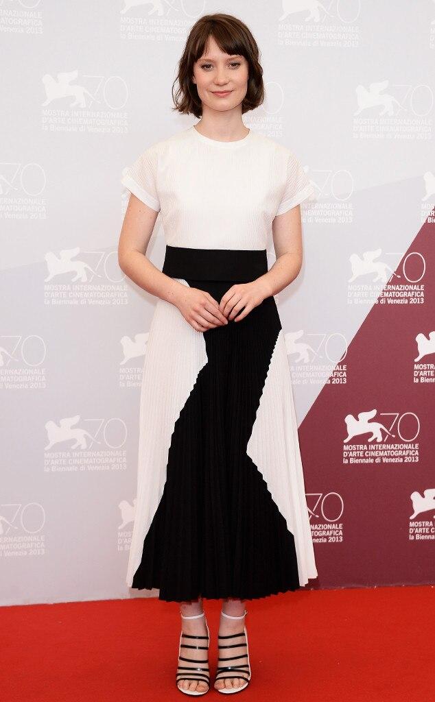 Mia Wasikowska from 2013 Venice - 30.5KB