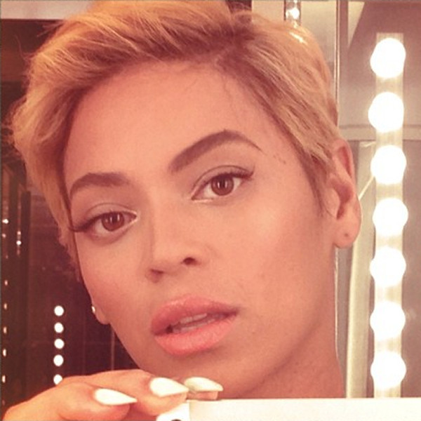 Beyonce, Short Blonde haircut