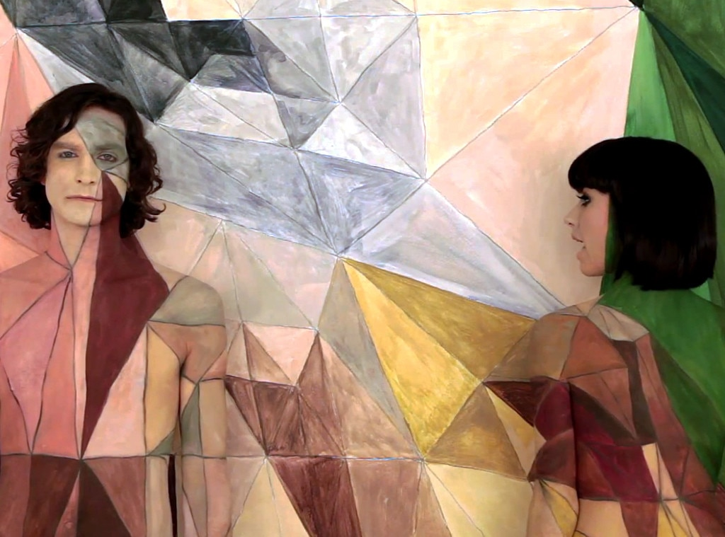 Gotye, Somebody That I Used to Know, Naked