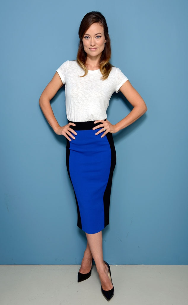 Olivia Wilde S Casual T Shirt And Skirt Combo Gotta Have
