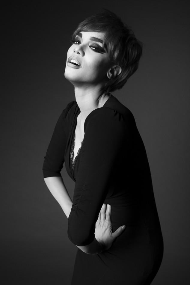 Tyra Banks Music Video: Tyra Banks As Linda Evangelista From Tyra Banks Presents
