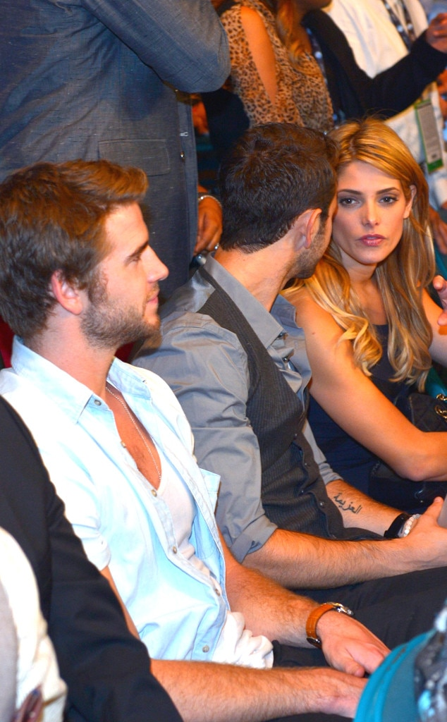 Liam Hemsworth, Ashley Greene, Boxing Fight