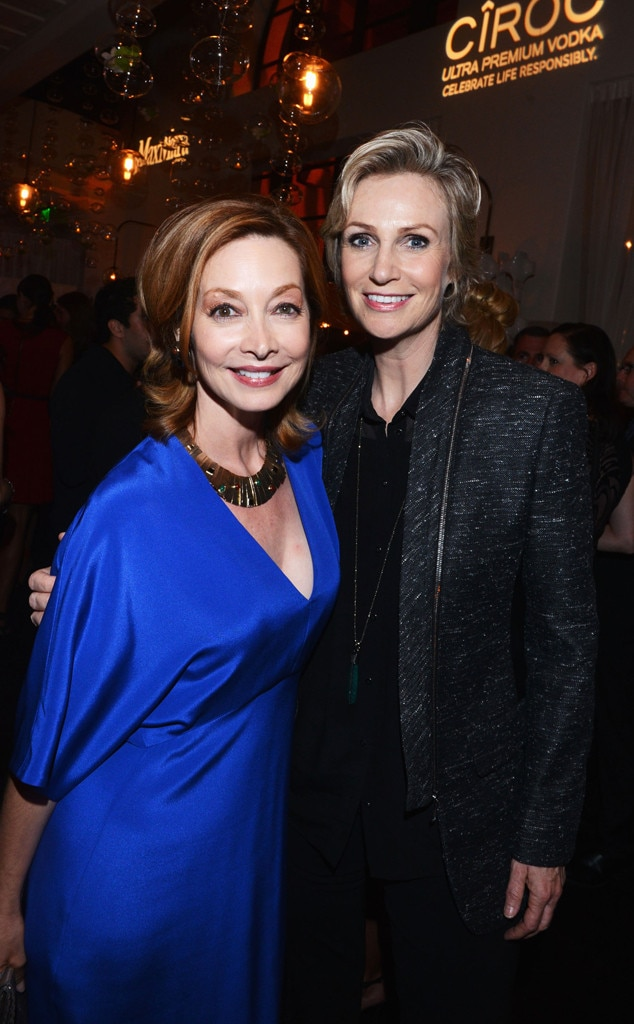Sharon Lawrence, Jane Lynch