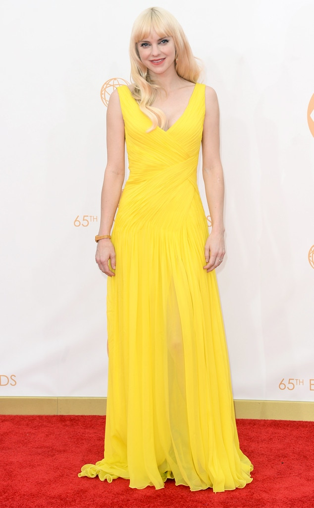 Anna Faris, Emmy Awards, 2013