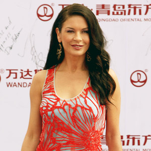 Catherine-Zeta Jones Makes First Public Appearance Since ...