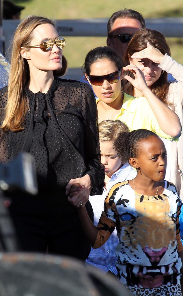 Angelina Jolie, Circus