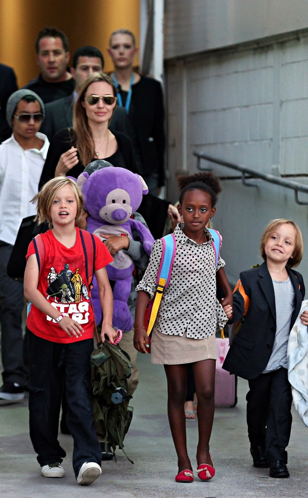 Angelina Jolie, Shiloh, Maddox, Pax, Zahara Marley, Vivienne, Knox