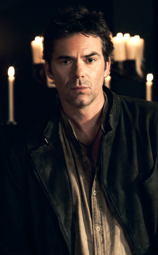 Billy Burke, Revolution