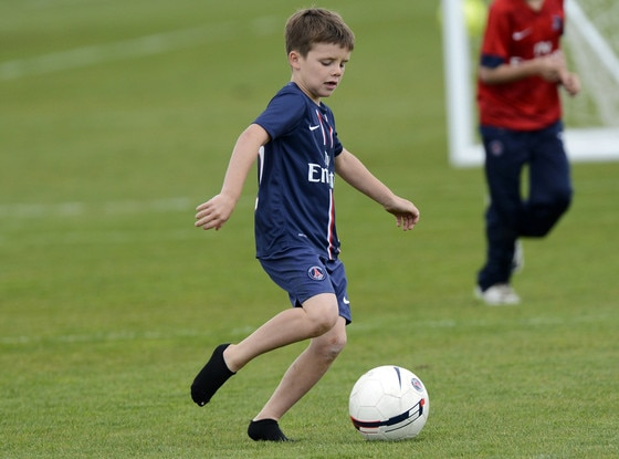 Beckham Reportedly Signs With Arsenal...Romeo Beckham ...