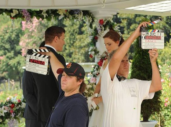 Bones, Wedding BTS, EMBARGOED UNTIL 10.17.13