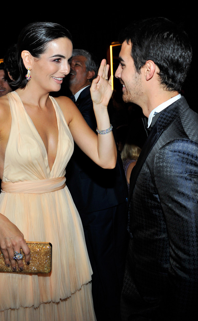 Joe Jonas, Camilla Belle