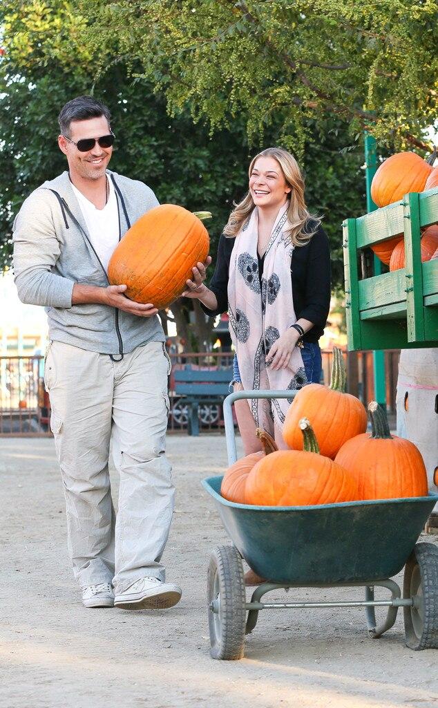 LeAnn Rimes, Eddie Cibrian, Pumpkin Patch