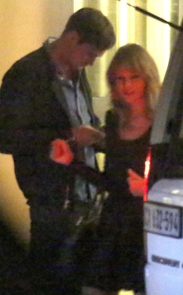 Taylor Swift, Alexander Skarsgard