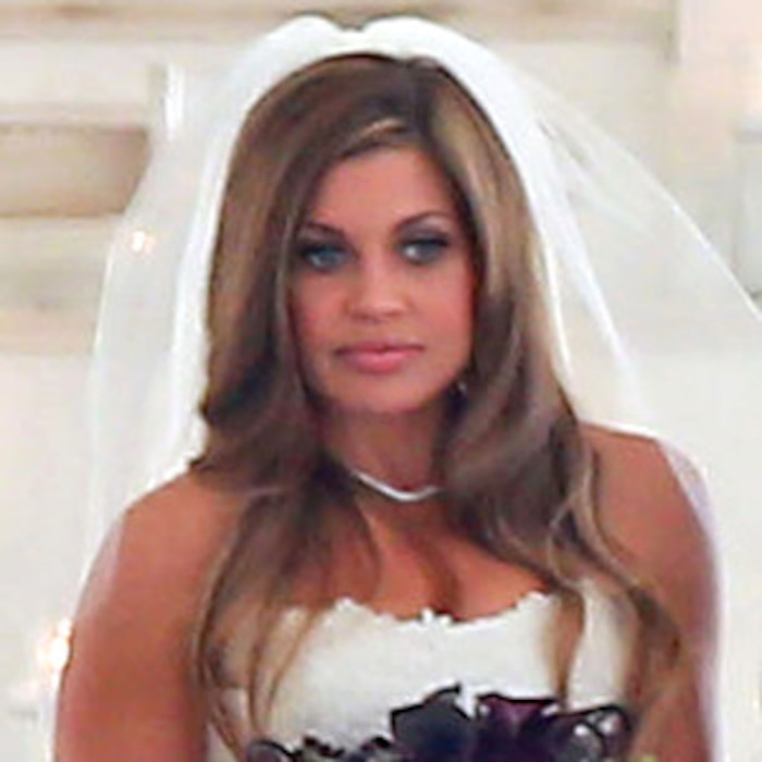 Danielle fishels wedding dress unveiledsee the pics e news junglespirit Image collections