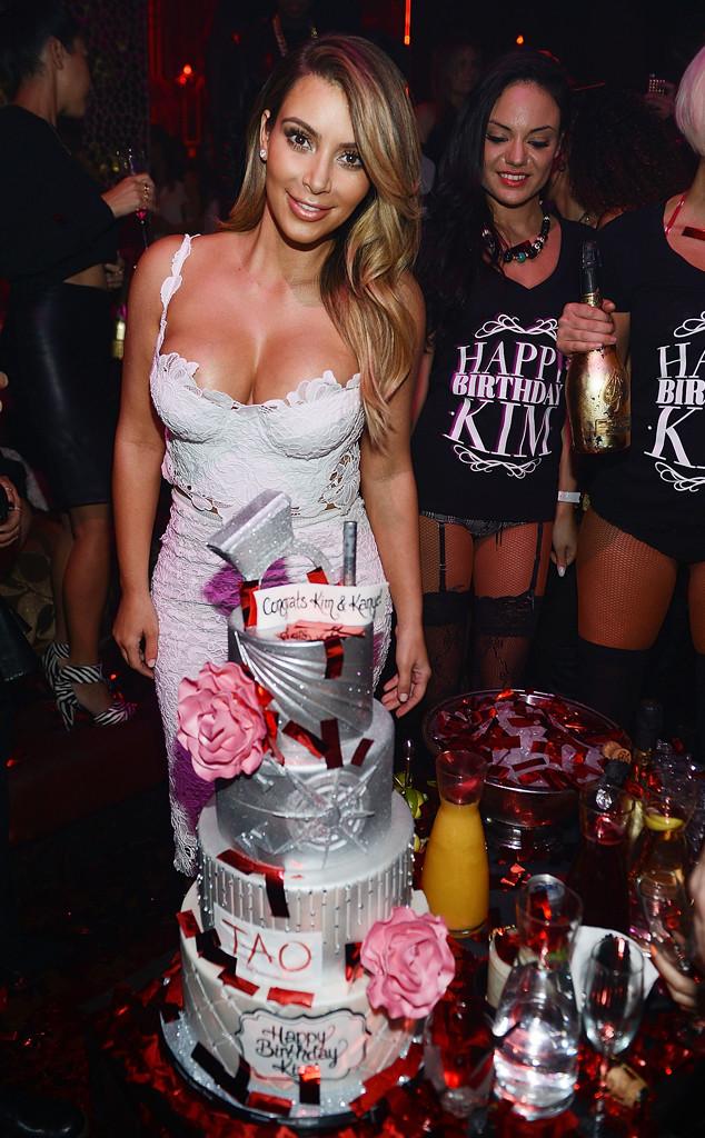 Kim Kardashian & Naya Rivera from Kim Kardashians Las