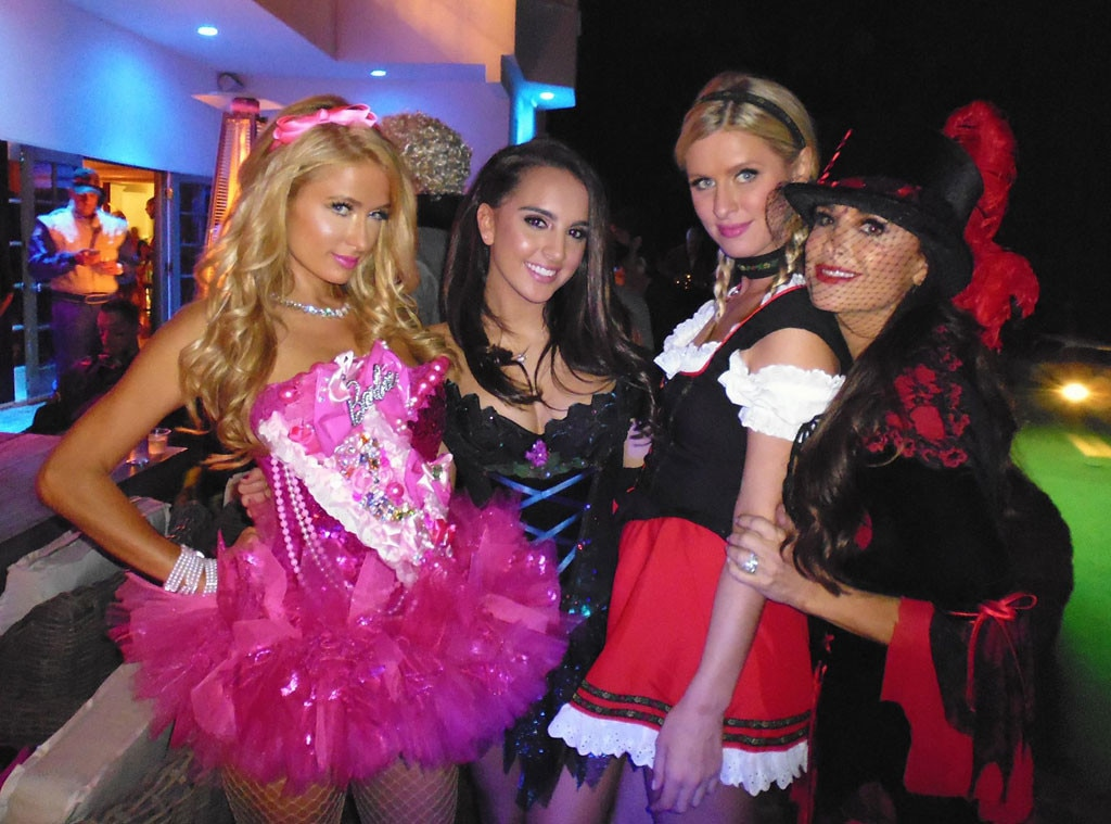 Paris Hilton, Alexia, Nicky Hilton, Kyle Richards, Halloween