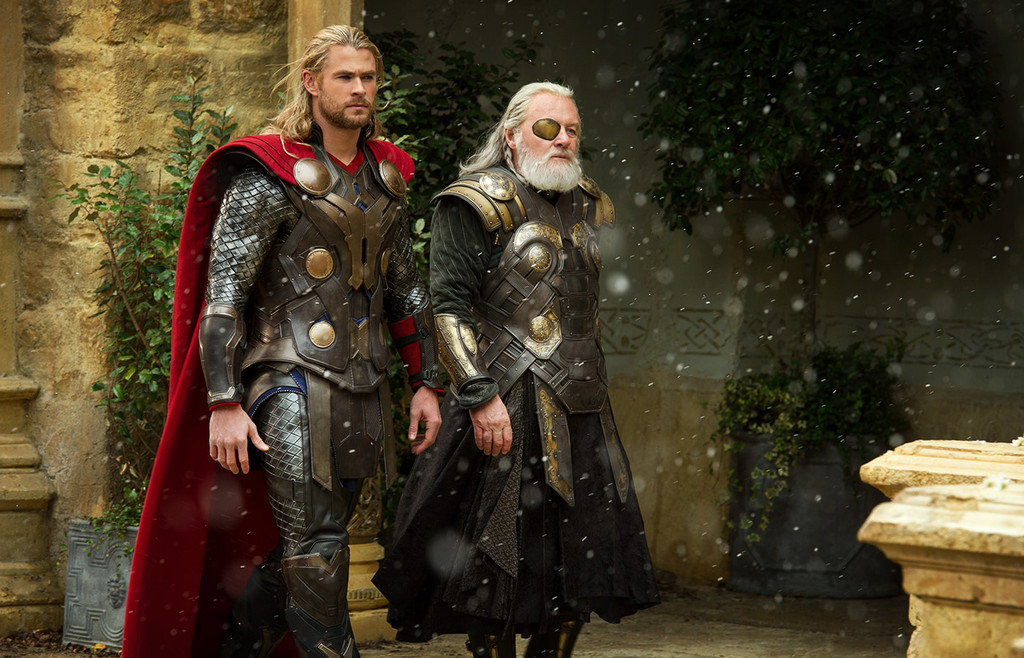 Thor 2: The Dark World, Holiday Movie Guide