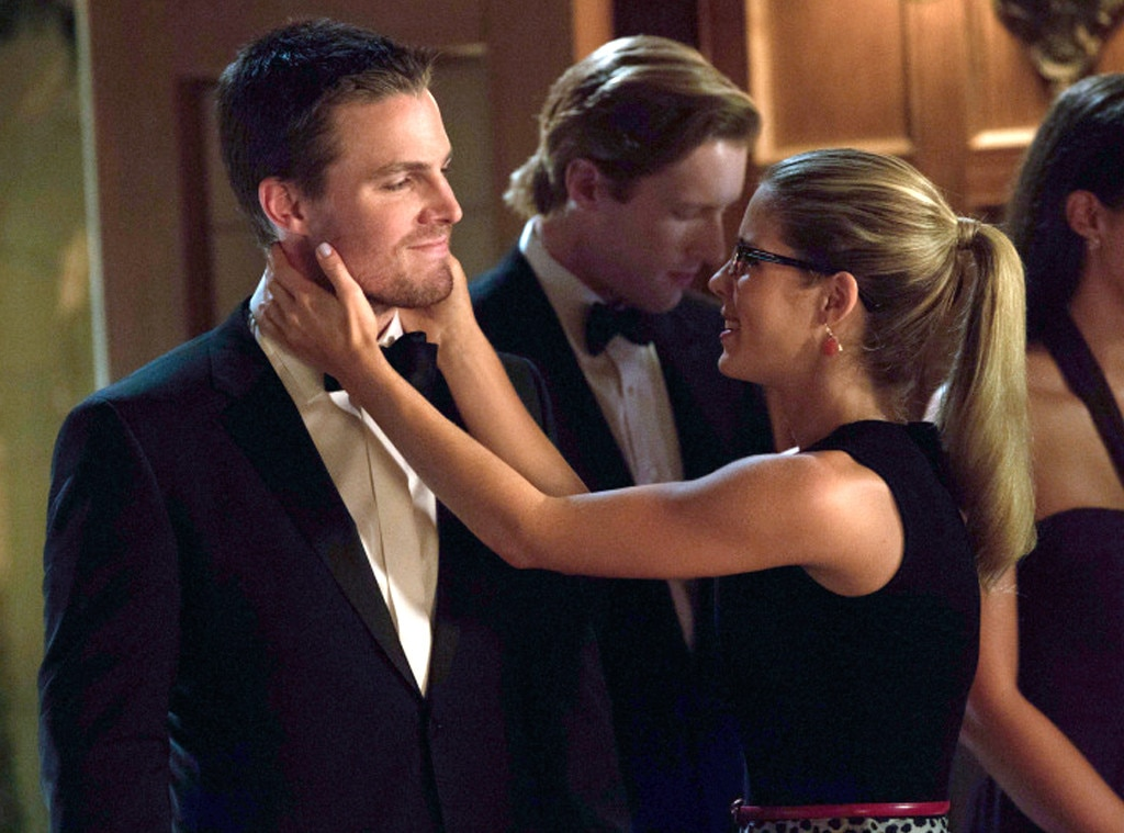 Arrow, Stephen Amell, Emily Bett Rickards