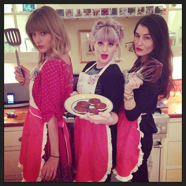 Taylor Swift, Kelly Osbourne, Instagram
