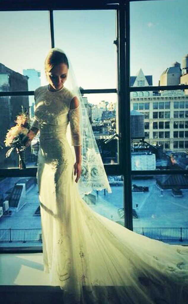 Christina riccis givenchy wedding dresssee the pics e news christina ricci wedding dress junglespirit Gallery