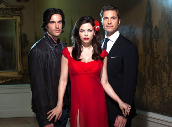 Daniel DiTomasso, Jenna Dewan Tatum, Eric Winter, Witches of East End