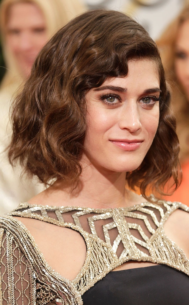 Lizzy Caplan, Golden Globe Awards