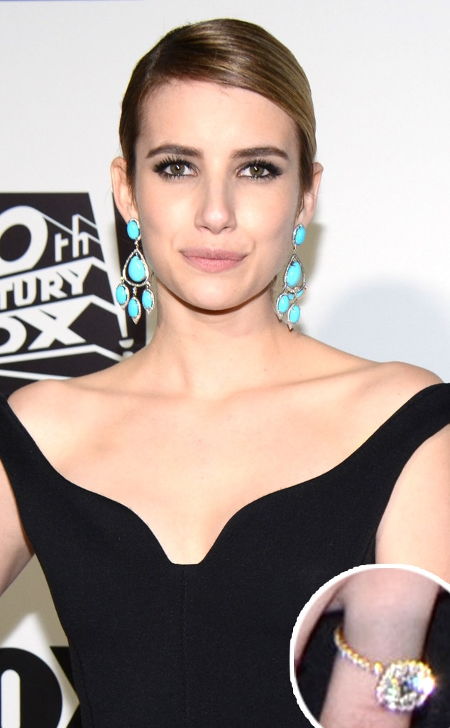 Emma Roberts, Golden Globes, Ring