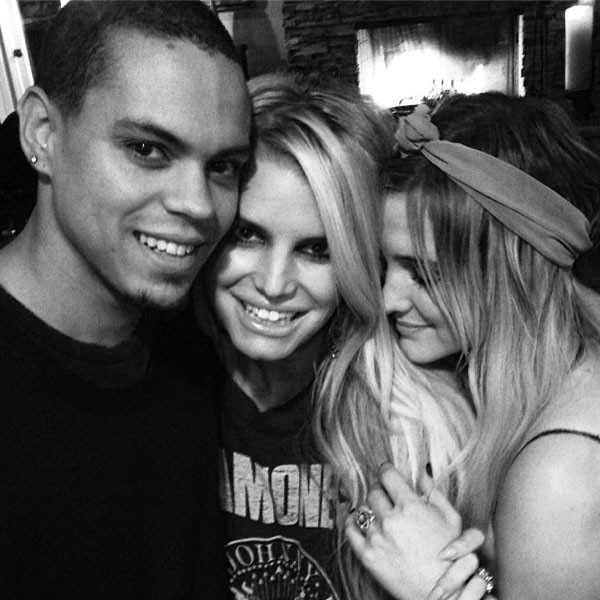 Jessica Simpson, Ashlee Simpson, Evan Ross, Instagram
