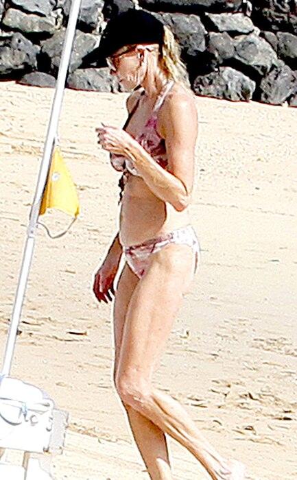 Melanie Griffith, Bikini