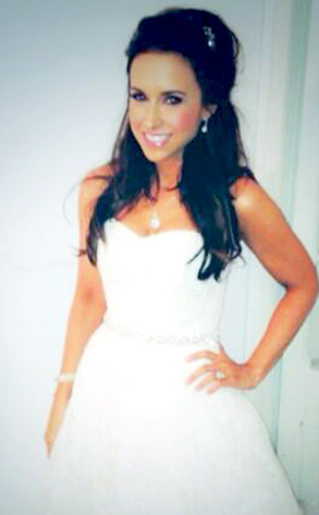 Mean Girls Lacey Chabert Shares New Pictures Of Multiple Wedding Dresses E News