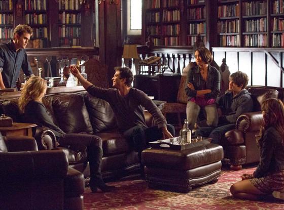 The Vampire Diaries, Candice Accola, Paul Wesley, Ian Somerhalder, Kat Graham, Steven R. McQueen, Nina Dobrev