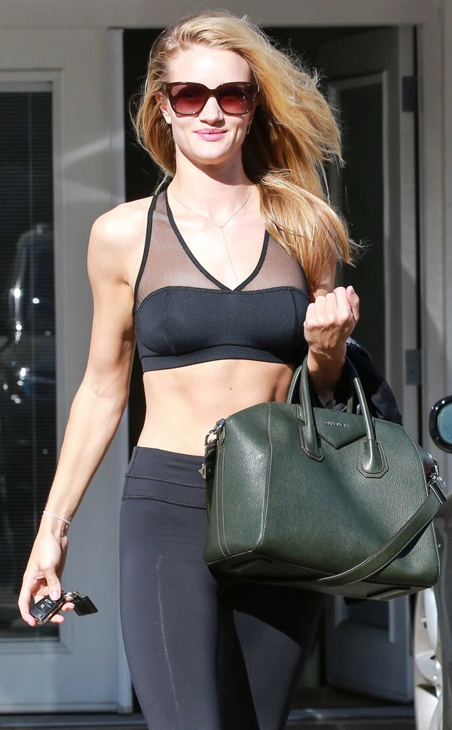 Rosie Huntington-Whiteley, Abs