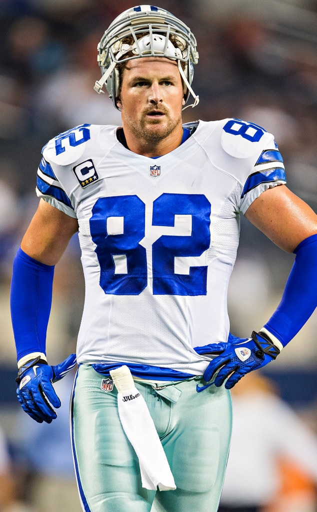 witten men Jason witten has only served as the lead analyst for espn's monday night football for three regular season games, but the network has already had to respond to its first controversy with the.