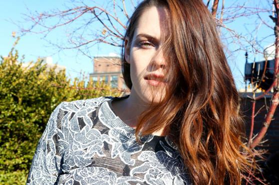Kristen Stewart, Into The Gloss